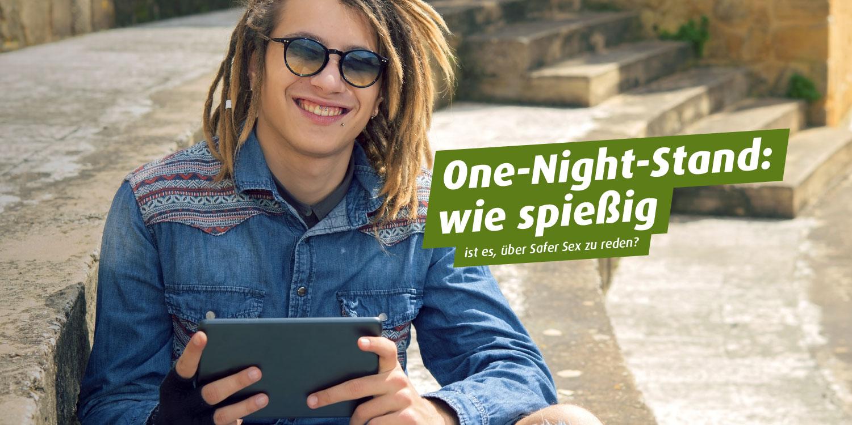 Junger Mann mit Rasta-Locken und Sonnenbrille. Text: One-Night-Stand: wie spießig ... ist es, über Safer Sex zu reden?