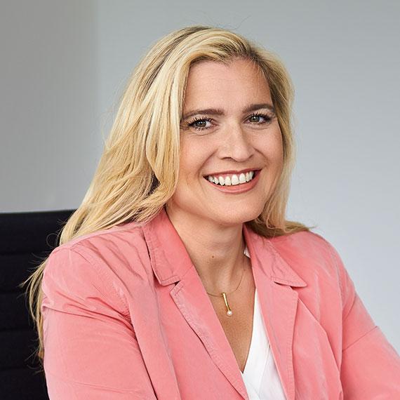 Profilbild von Ministerin Melanie Huml